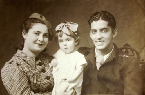Валерия Викторовна Коронелли и Мануэль Родейро с дочерью Анхелой
