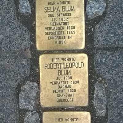 Baldosas-conmemorativas-judios